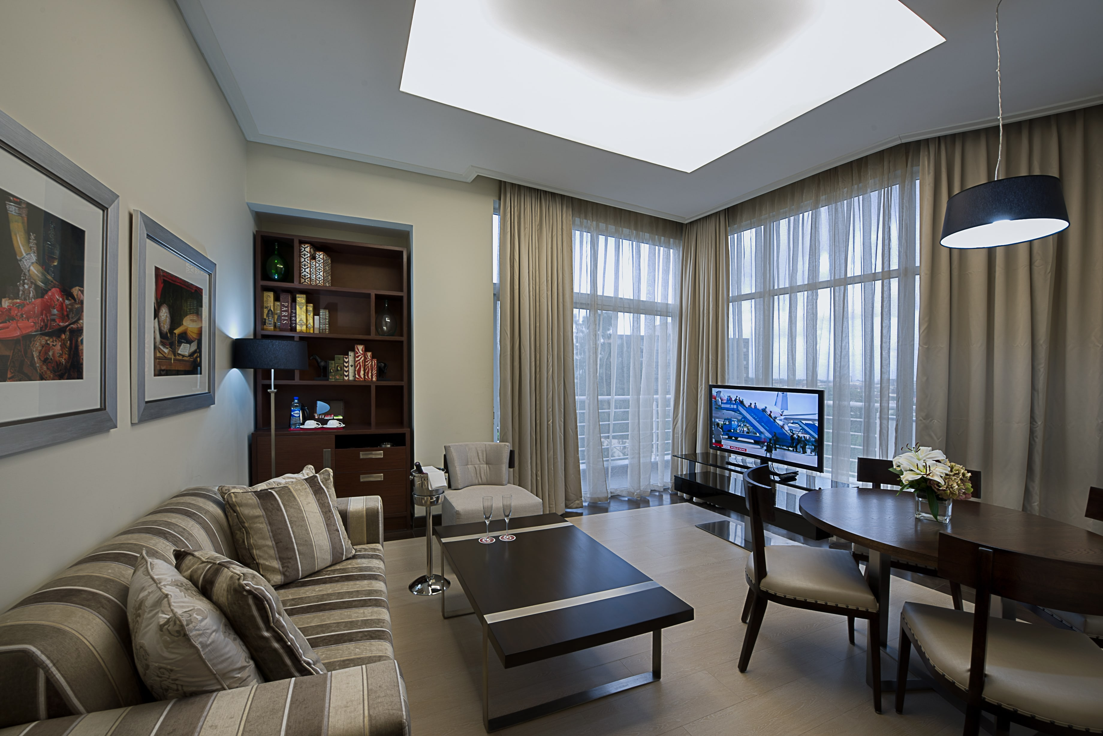1 bedroom penthouse suite
